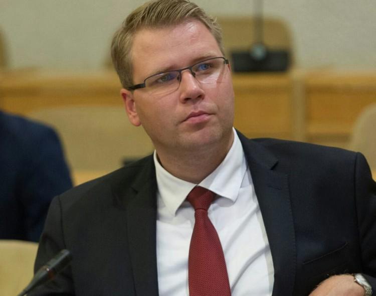 Justas Pankauskas. Neadekvačios antstolių pajamos gaunamos iš labiausiai pažeidžiamų žmonių