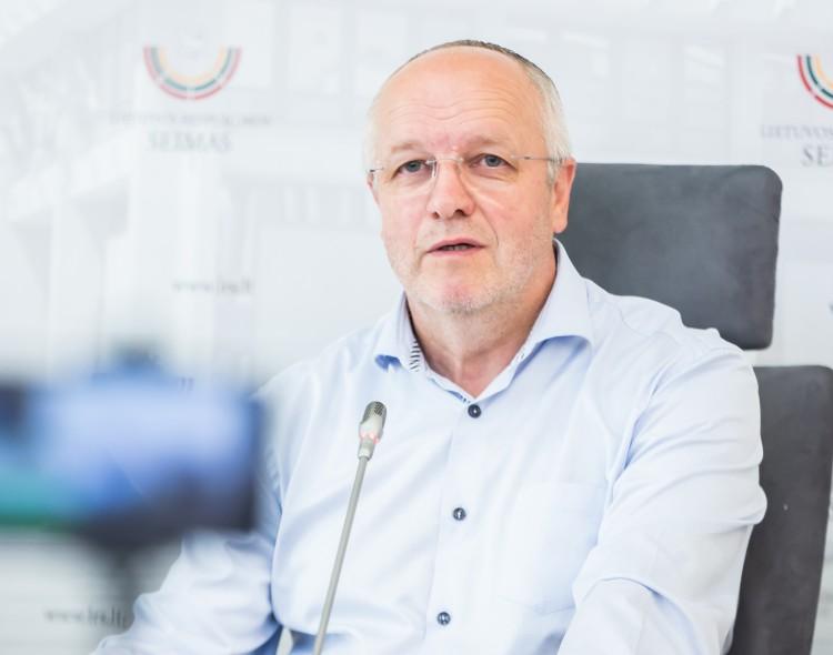 J. Olekas: akivaizdu – miškų reforma daroma keliaklupsčiaujant verslo grupėms