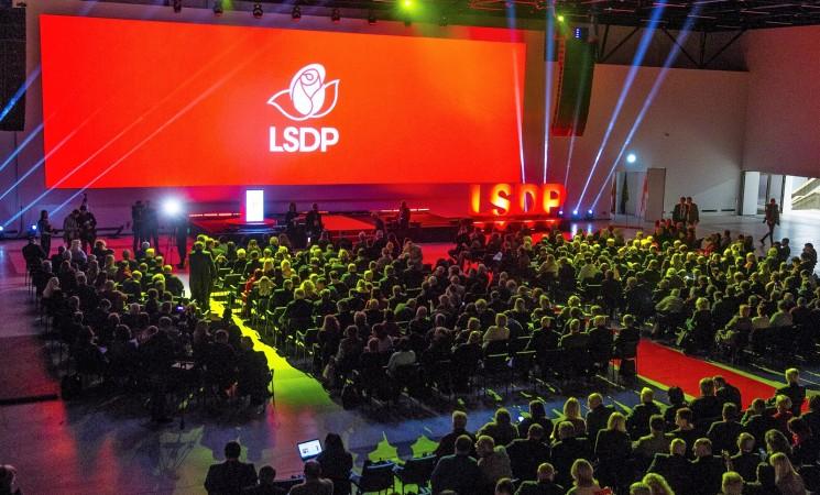 Teismas socialdemokratams grąžina dalį VRK atimtos dotacijos