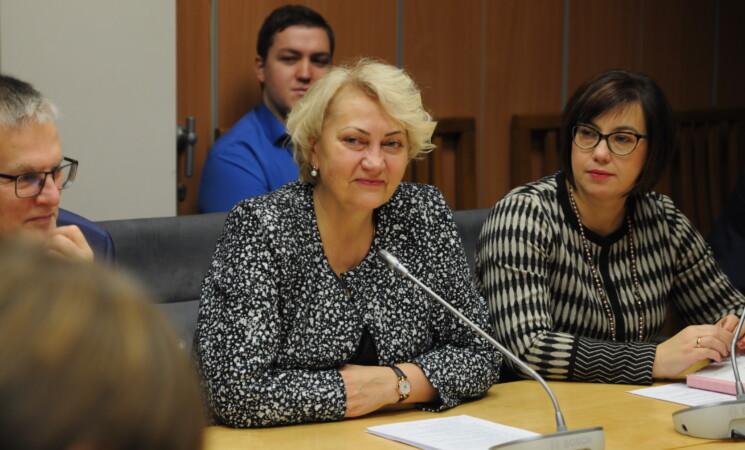 R. Budbergytė: A. Veryga gudrauja, PSDF biudžetas yra pučiamas dirbtinai